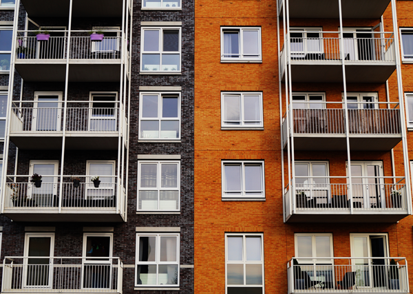 Inscrire le droit au logement dans la loi